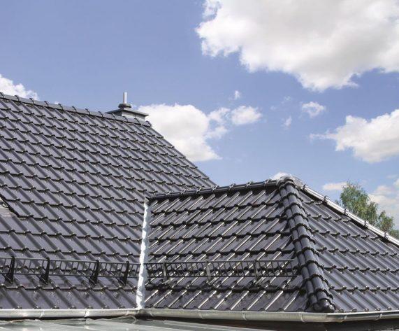 Realizácia strechy so strešnou krytinou Roben Piemont tobago
