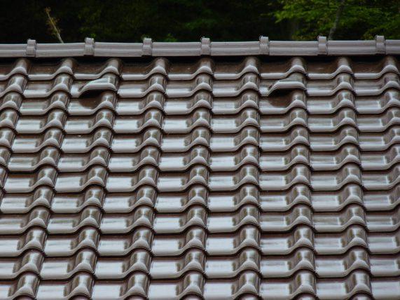 Keramická strešná krytina Röben monza plus maduro - realizácia strechy odvetrávacie škridly
