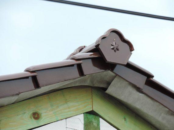 Keramická strešná krytina Röben monza plus maduro - realizácia strechy ukončenie hrebeňa