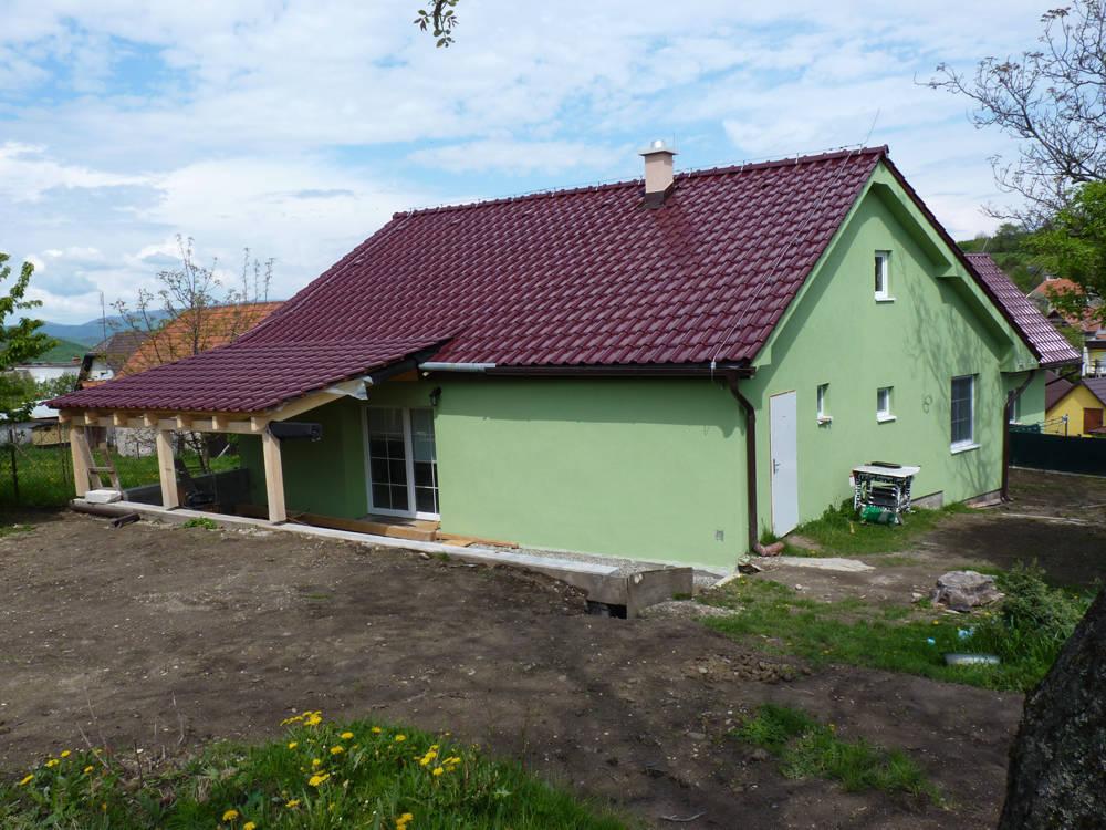 Keramická strešná krytina Röben monza plustrentino glazúra - realizácia strechy