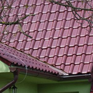 Keramická strešná krytina Röben monza plus trentino glazúra - realizácia strechy úžlabie