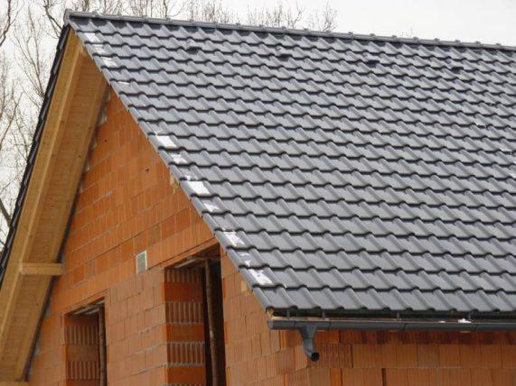 Realizácia strechy so strešnou krytinou Röben Piemont Titan
