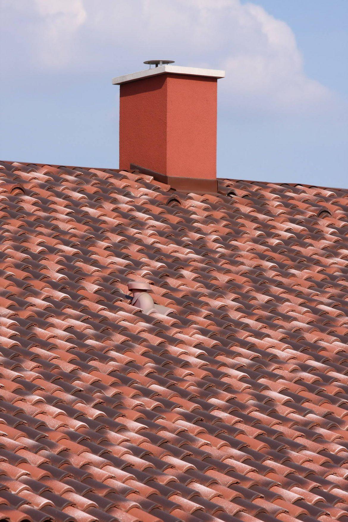Betónová škridla Terran Coppo venezia - realizácia strechy detail