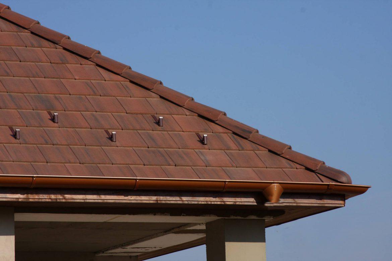 Betónová škridla Terran Zenit antická červená - realizácia strechy