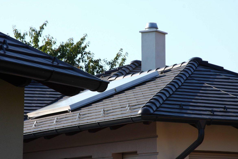 Realizácia strechy - betónová strešná krytina Terran Zenit carbon